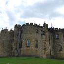 Замок Алнвик (Англия)