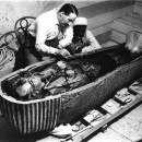 Мумия фараона Тутанхамона продолжает удивлять