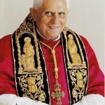 Автограф Папы Бенедикта XVI  на официальной фотографии. Из личной коллекции