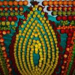 Украшение из фруктов и плодов на Суккот
