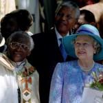 Десмонт Туту с Королевой Елизаветой II и Нельсоном Манделой
