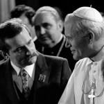 Лех Валенса и  Иоанн Павел II