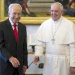 Шимон Перес во время встречи с Папой Франциском