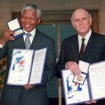 Нельсон Мандела во время вручения Нобелевской Премии Мира