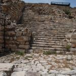 Остатки ступеней храма Зевса на горе Гризим